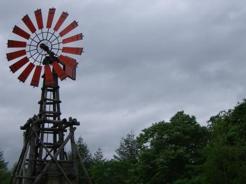 五郎の石の家 風力発電